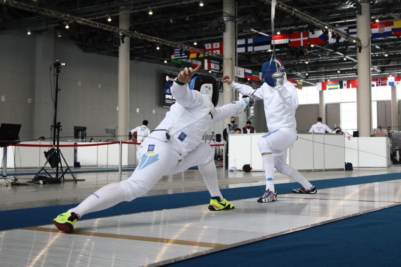 Стартовал этап Кубка мира по фехтованию на шпагах в Казани