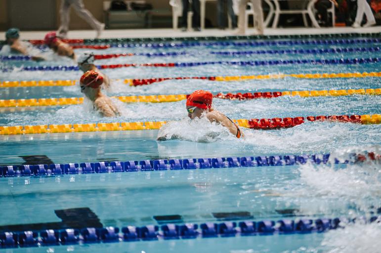 Евгения Чикунова выиграла на дистанции 100 м брассом в казанском Дворце водных видов спорта